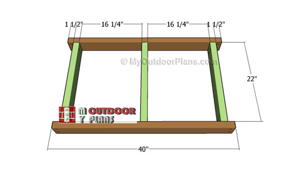 Building-the-frame-of-the-garden-table