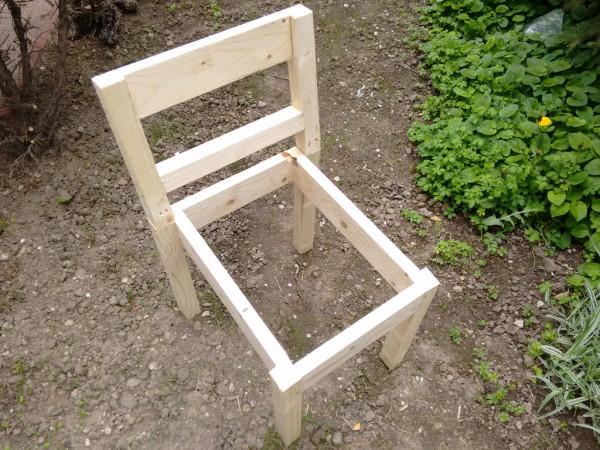Building-a-garden-chair