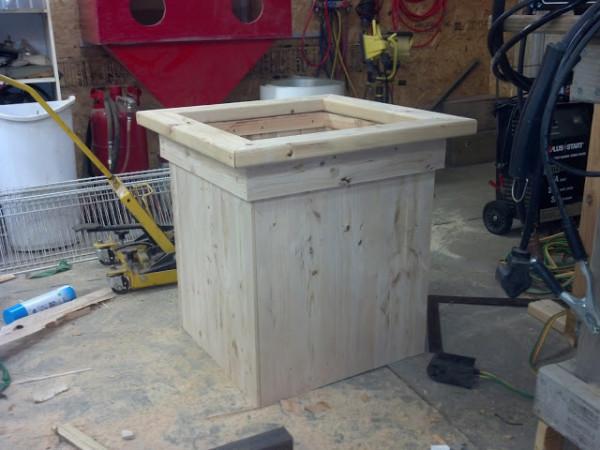 Planter bench1