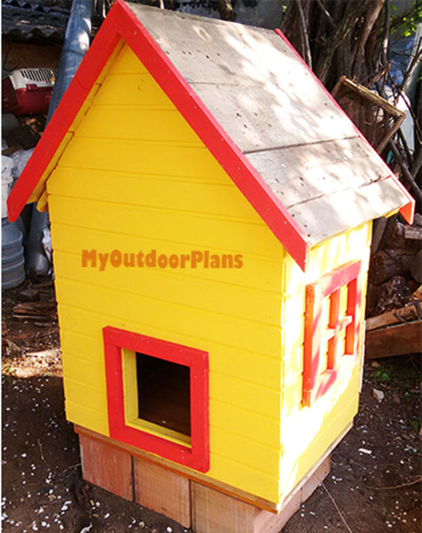 Small-chicken-coop