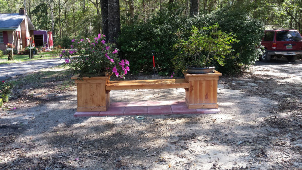 Wooden-Planter-Bench