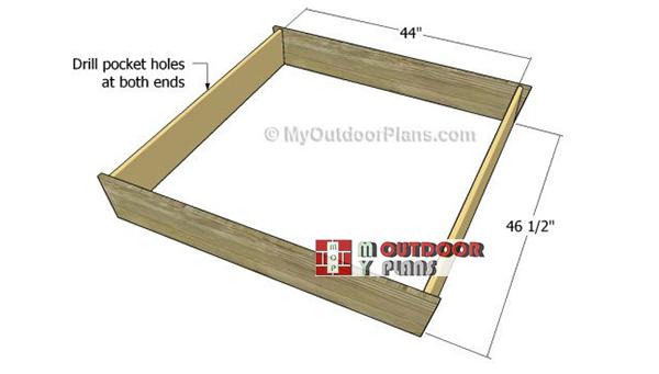 Assembling-the-sandbox-box