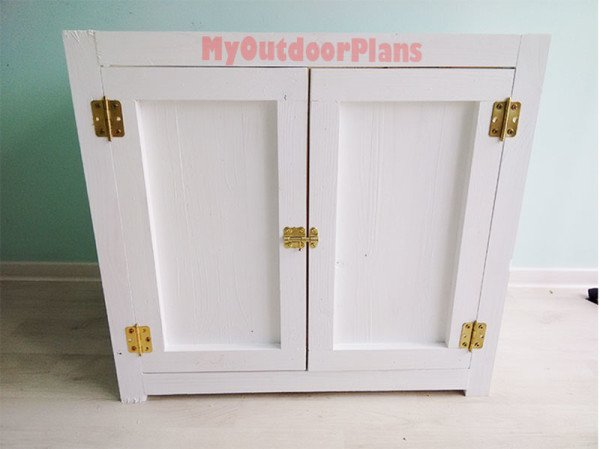 Attaching-the-doors-to-the-cabinet