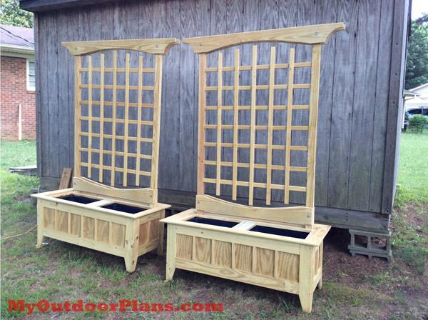 Building-garden-trellis