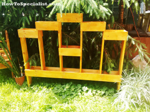 How-to-build-a-vertical-garden