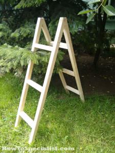 Assembling-the-ladder