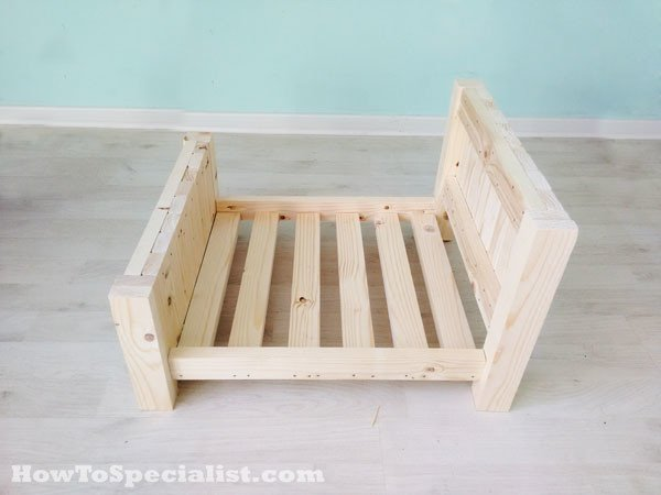 Building-a-pet-bed