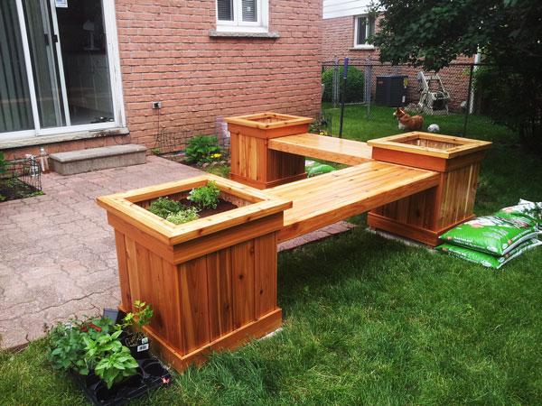 DIY Corner Planter Bench