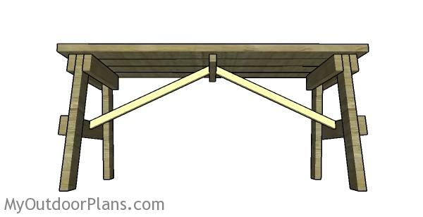Fitting the table cross braces