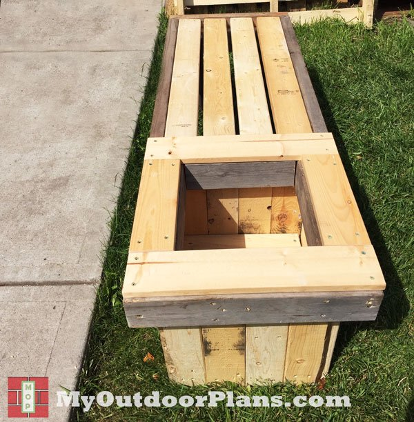 Wood-Planter-Bench