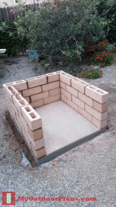 Building-the-base-of-the-brick-oven