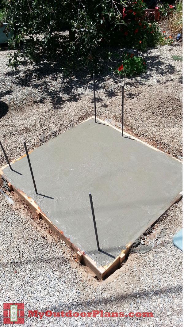 Pouring-the-concrete-slab