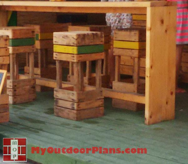 DIY-Pallet-Stool