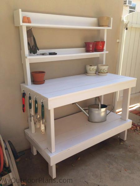 DIY Potting Bench | MyOutdoorPlans | Free Woodworking ...