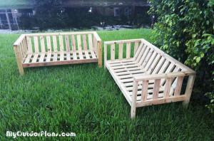 Building-an-outdoor-sofa