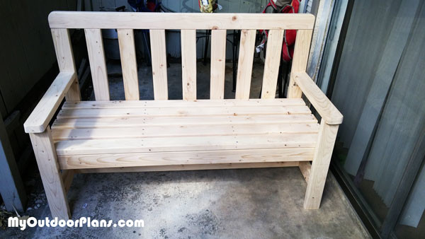 DIY 2x4 Bench | MyOutdoorPlans | Free Woodworking Plans and Projects ...