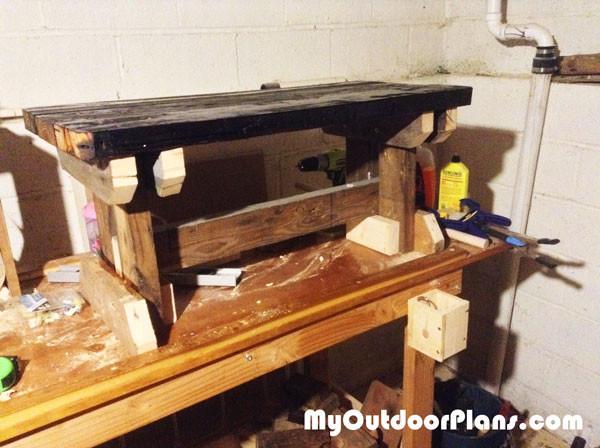 DIY-Outdoor-Bench-Seat