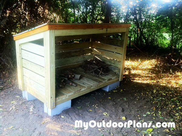 DIY-Small-Firewood-Shed
