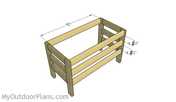 Assembling the desk