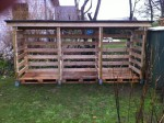 DIY Pallet Wood Shed