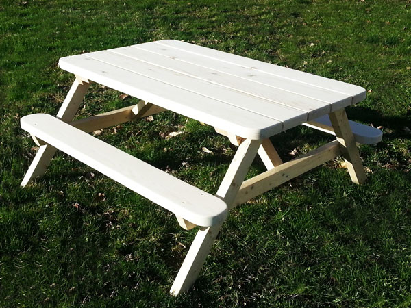 DIY Kids Picnic Table