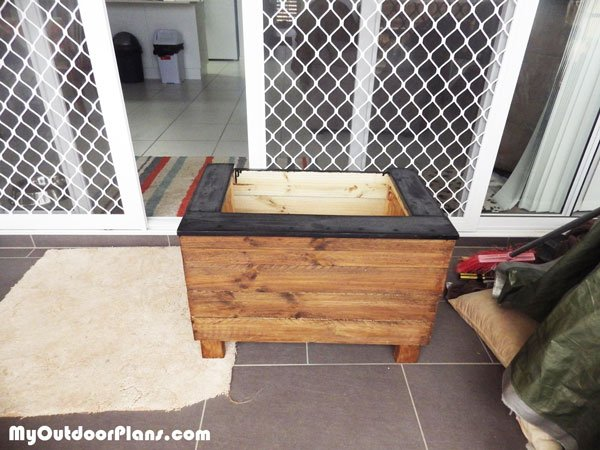 DIY Small Planter Box