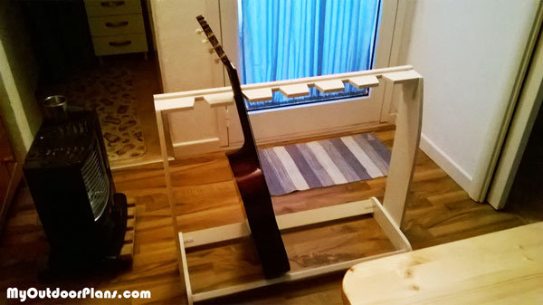 DIY Wooden Guitar Stand
