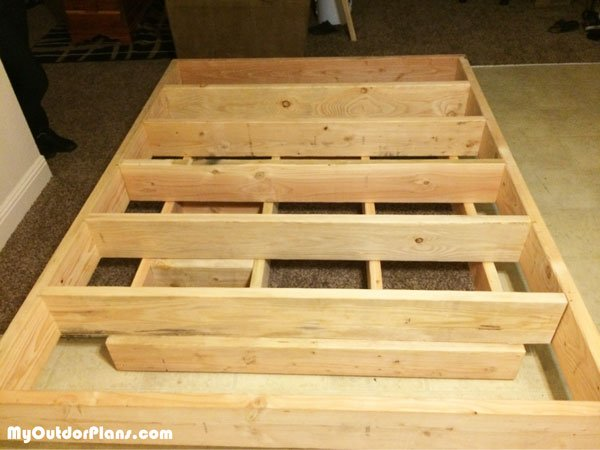 Building-a-floating-bed