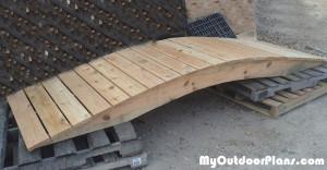 Building-a-garden-bridge