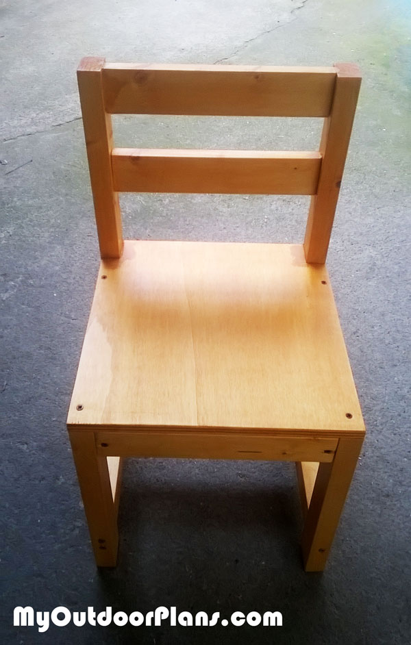 Building-a-kids-chair