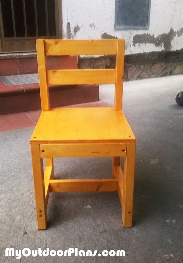 Building-a-wood-chair-for-kids