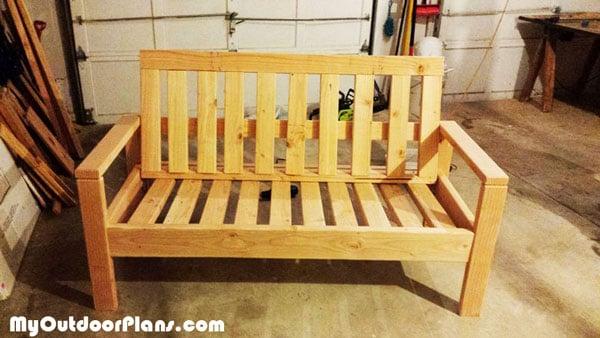 DIY Outdoor Sofa | MyOutdoorPlans | Free Woodworking Plans ...