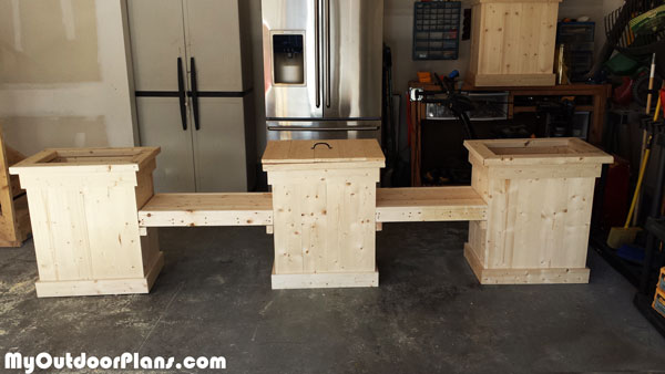 DIY-Planter-bench-with-Storage