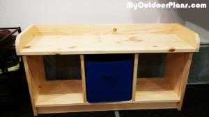 DIY-Small-Entryway-Bench