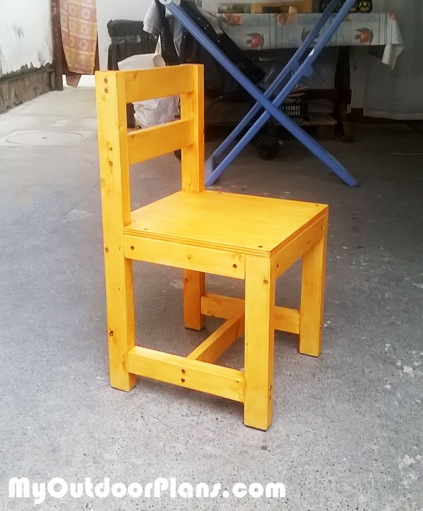 DIY Wood Kids Chair