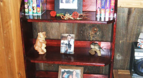 DIY Wooden Bookshelf
