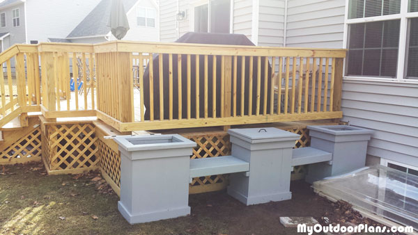 Planter-bench-with-storage-plans