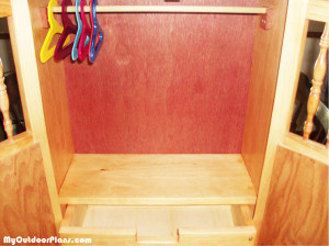 Armoire-doll-drawer