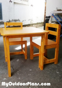 DIY-Kids-Table