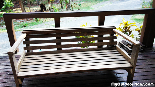 DIY-Outdoor-Sofa