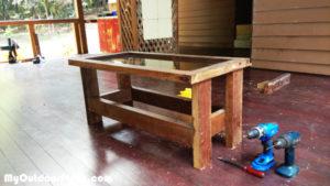 DIY-Rustic-Coffee-Table