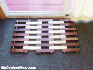 DIY-Wood-Doormat