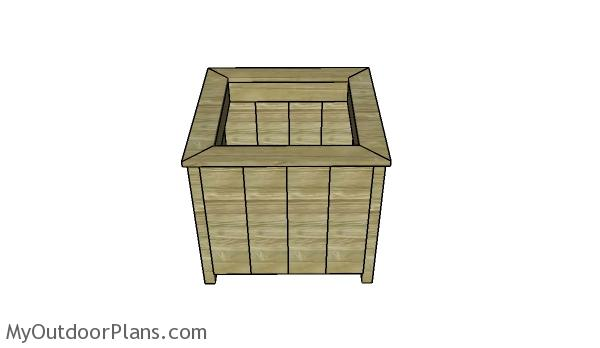 Planter for tree plans