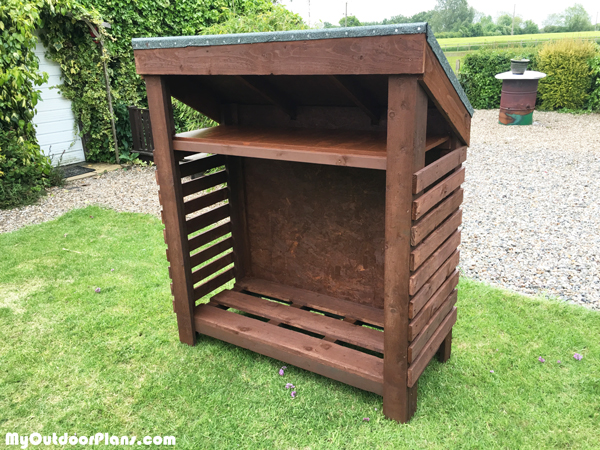 DIY-Beautiful-Firewood-Shed