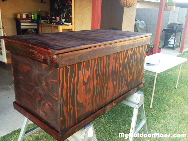 DIY Hope Chest | MyOutdoorPlans | Free Woodworking Plans ...