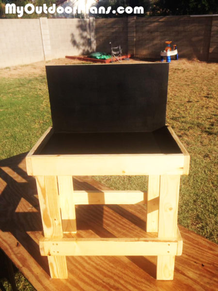 DIY Kids Work Bench | MyOutdoorPlans | Free Woodworking ...
