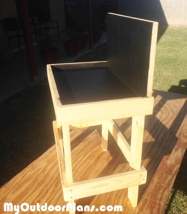 How-to-build-a-kids-workbench