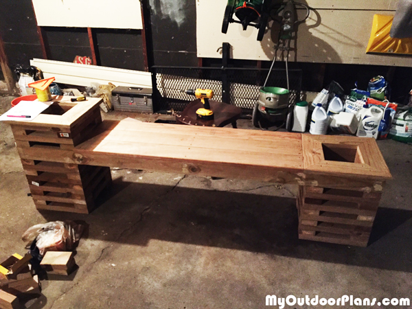 How-to-build-a-planter-bench