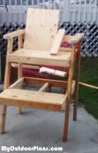 Building-a-lifeguard-chair