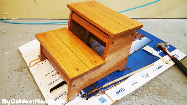 DIY-Kids-Stool-Plans